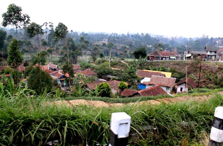 Desa di kaki bukit