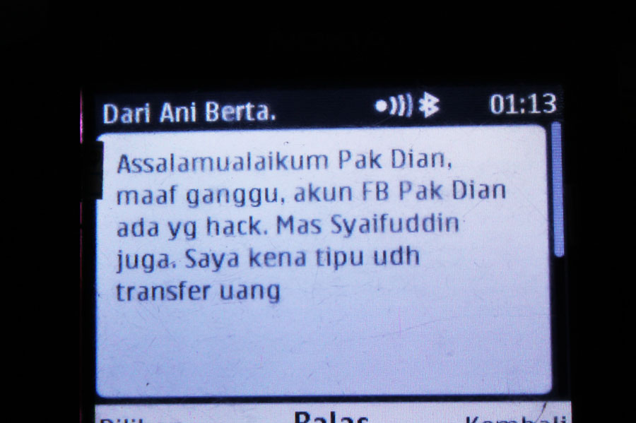 SMS dengan Ani Berta jam  1.13 malam