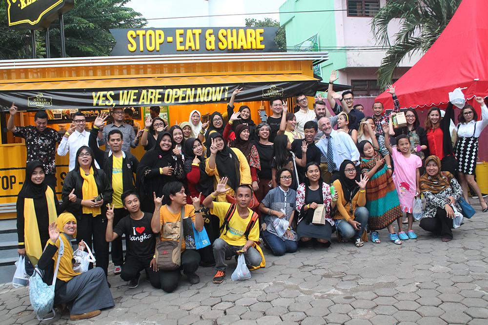 Para blogger yang ikut peluncuran Container Kebab Turki Baba Rafi